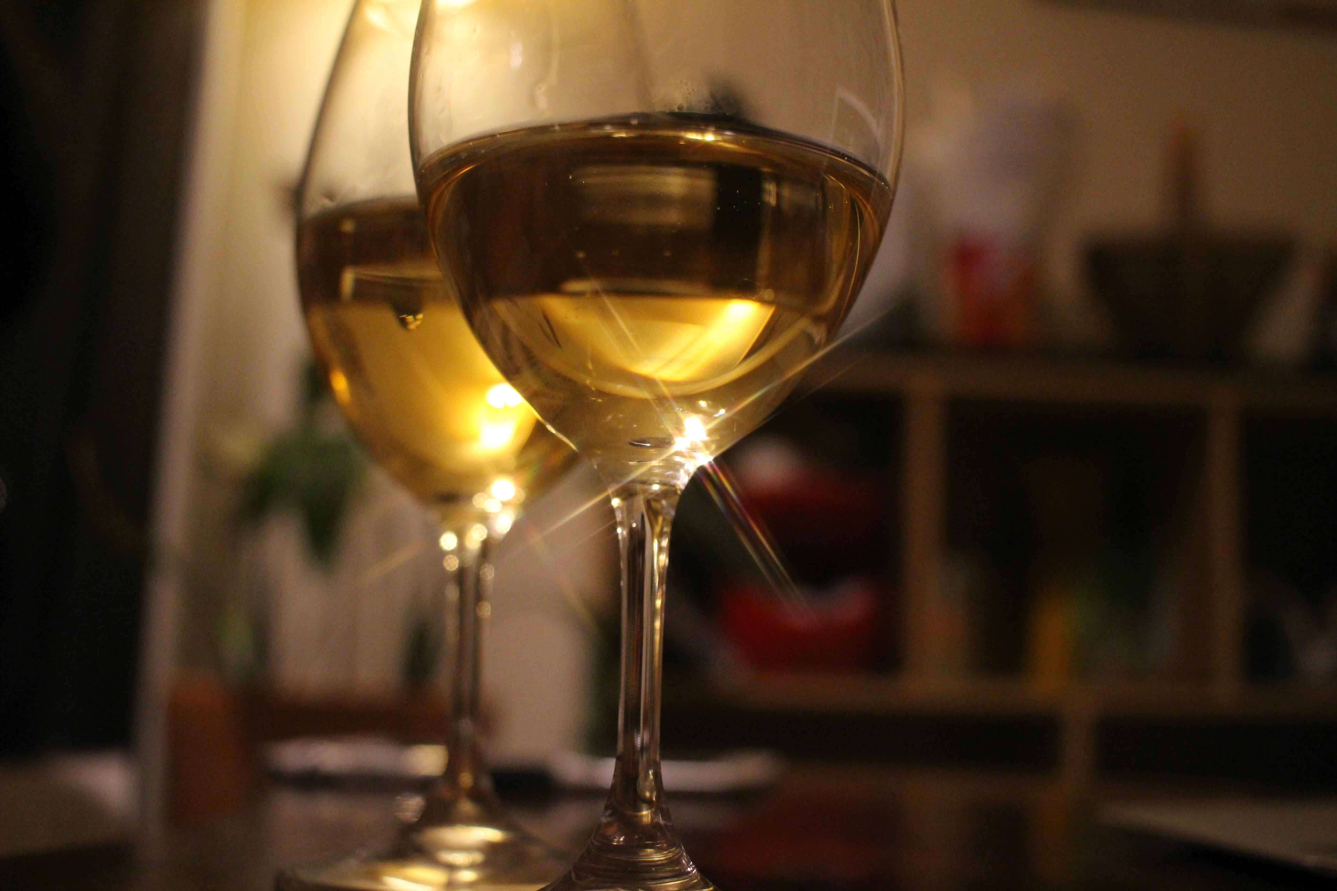 ニセコワインや小樽の桃のお酒が美味しい!北海道の果樹酒